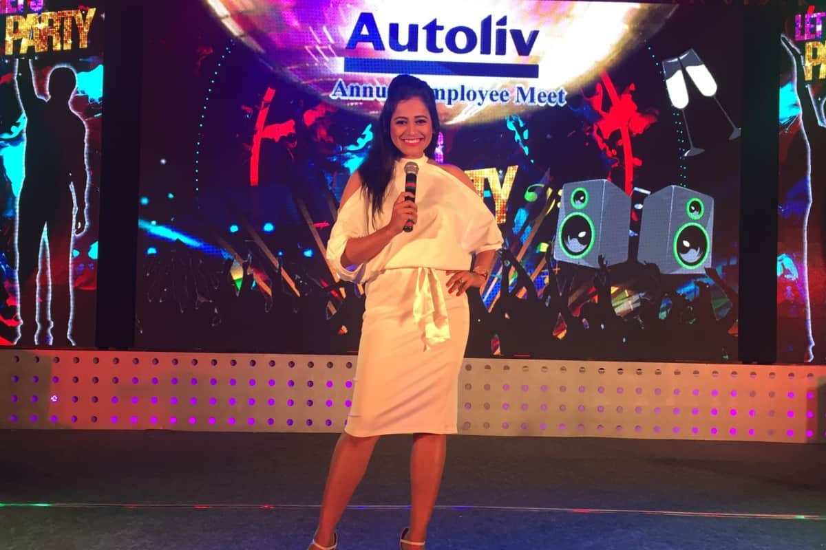 Emcee Reena hosts Annual Employee Meet 2018 for Autoliv India Pvt Ltd