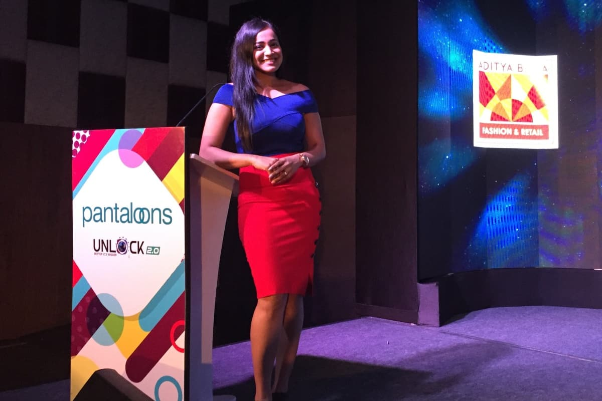 Fluent Kannada Emcee Reena hosts Aditya Birla Pantaloons south zone meet 2018