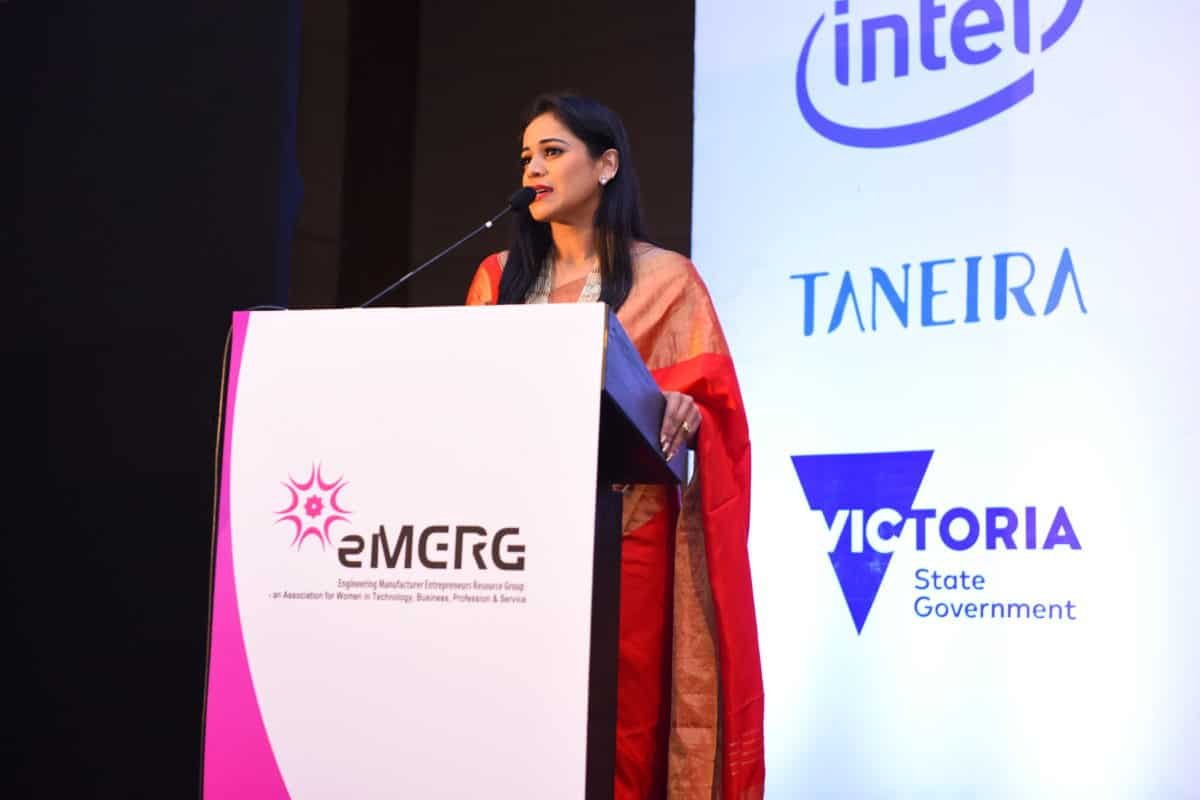 Anchor Reena D'souza compered Emerg Conference and Women Achievers Awards 2018