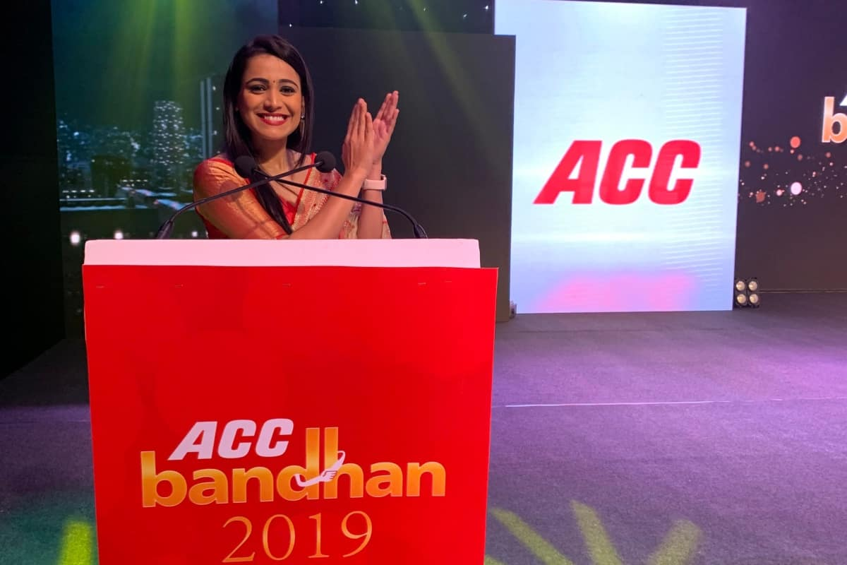 MC Reena Dsouza hosts ACC CEMENT GOLD WATER SHIELD launch in Hyderabad