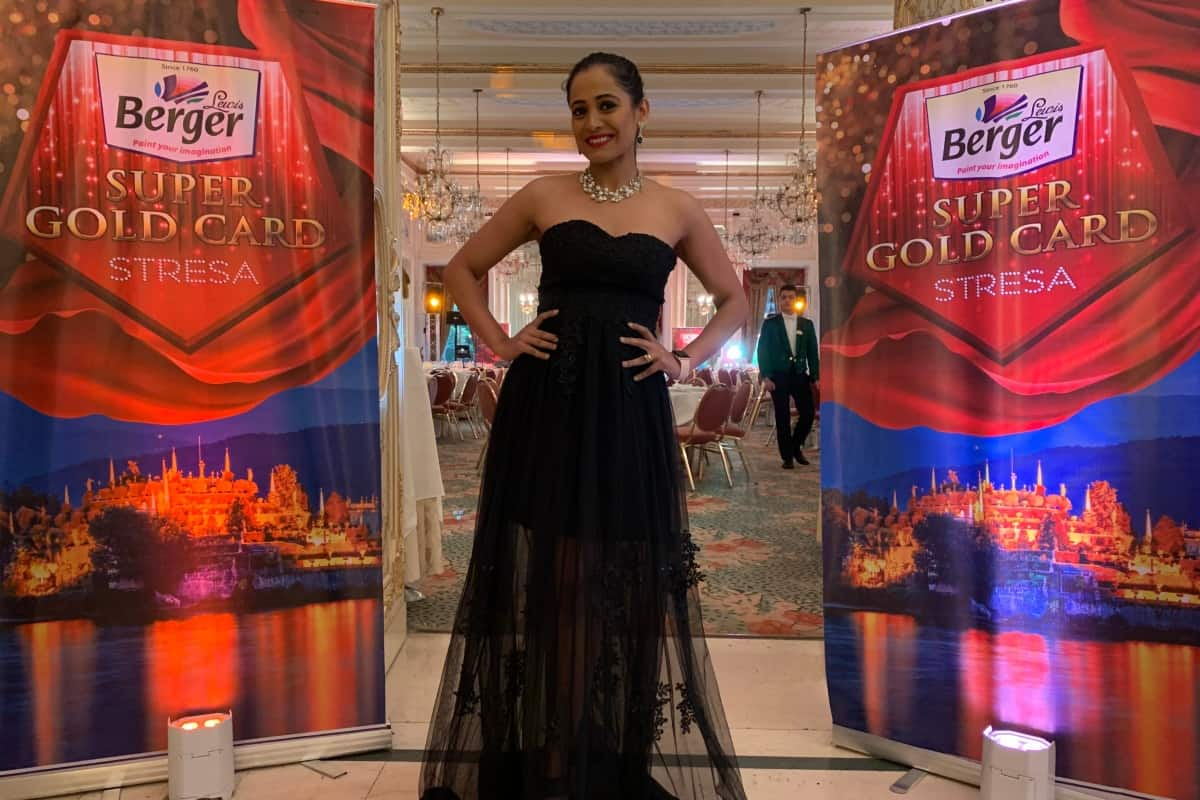Anchor Emcee Live Host Reena Dsouza hosts Berger Paints Annul Day 2019 in France and Italy