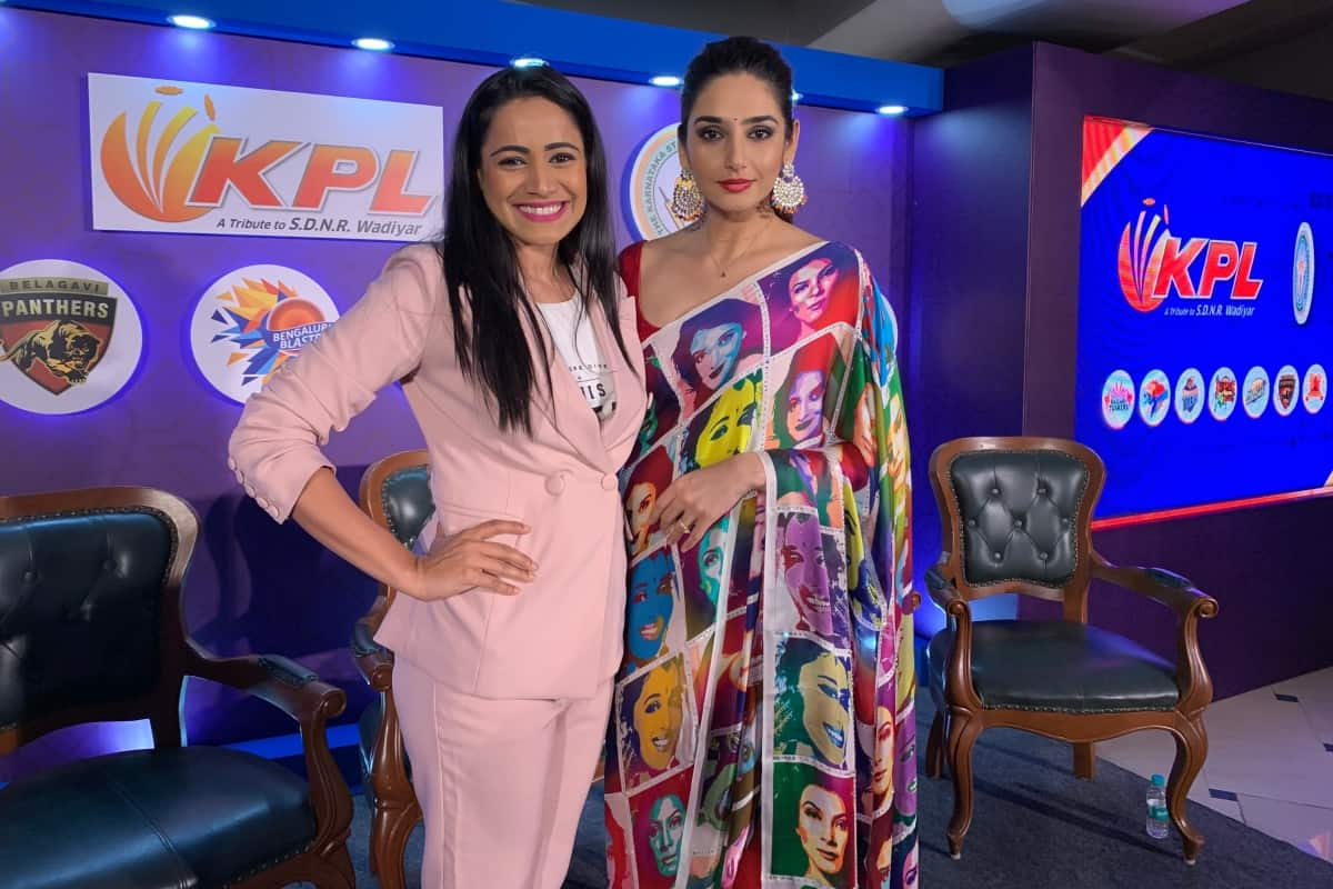 Emcee Anchor Moderator Reena Dsouza hosts KPL Press Conference 2019